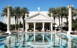 caesars-palace-pool