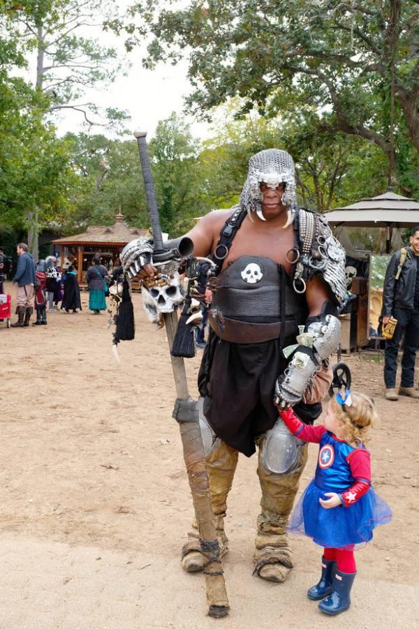 Texas Renaissance Festival - family visit to the fairgrounds