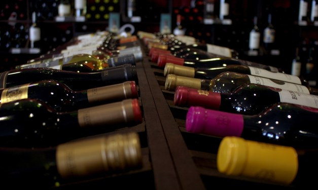 7 Ways to Tell a Good Restaurant Wine List from a Bad One, According to Wine Experts