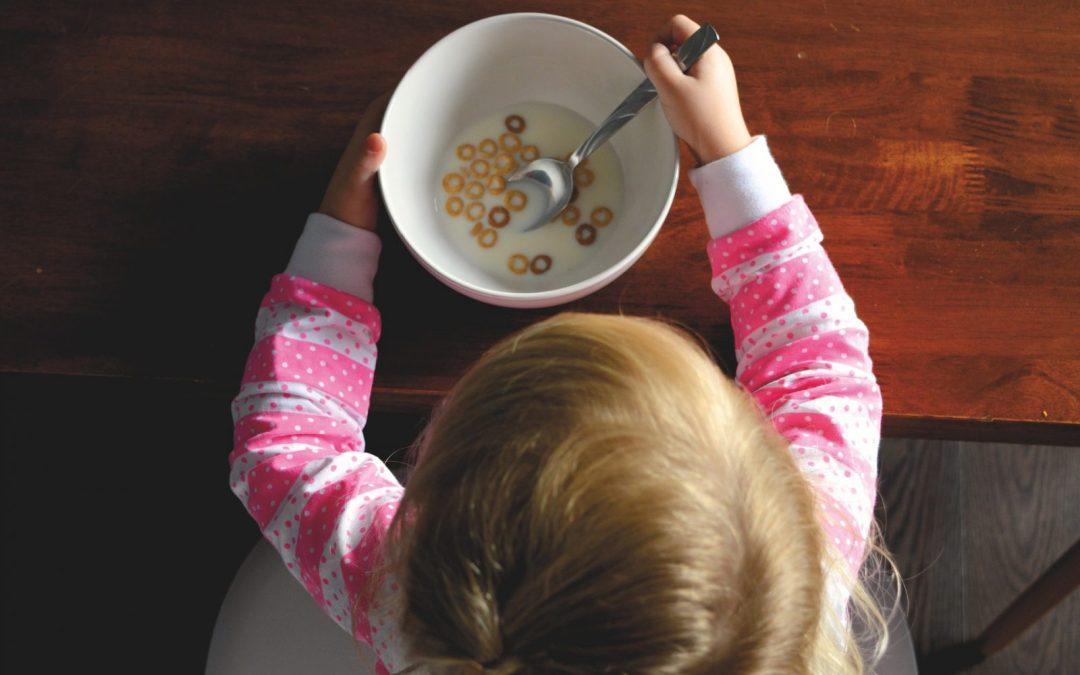 Emocjonalne jedzenie u dzieci – kwestia smaku, kwestia zaufania