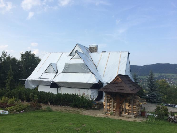 fumigacja domu z drewna