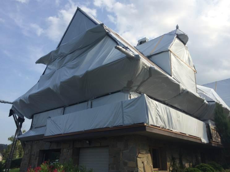 fumigacja drewnianego domu