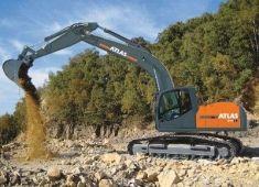 ATLAS 240 LC Peso de 25100 Kg Potencia 170 CV Profundidad de excavación 7,69 m