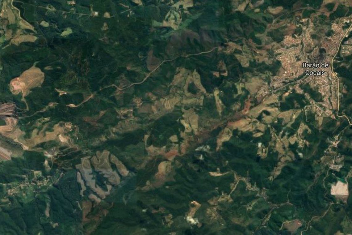 Deslocamento de talude de mina da Vale chega a 18 por dia em Minas Gerais