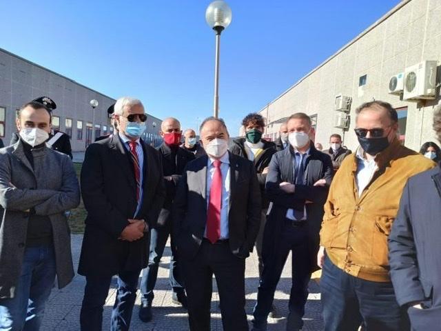Gratteri chiama Figliuolo - L'invasiva commissione interministeriale