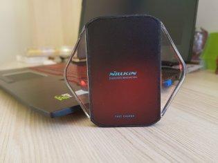 Nillkin QI Magic Cube / fot. gsmManiaK.pl