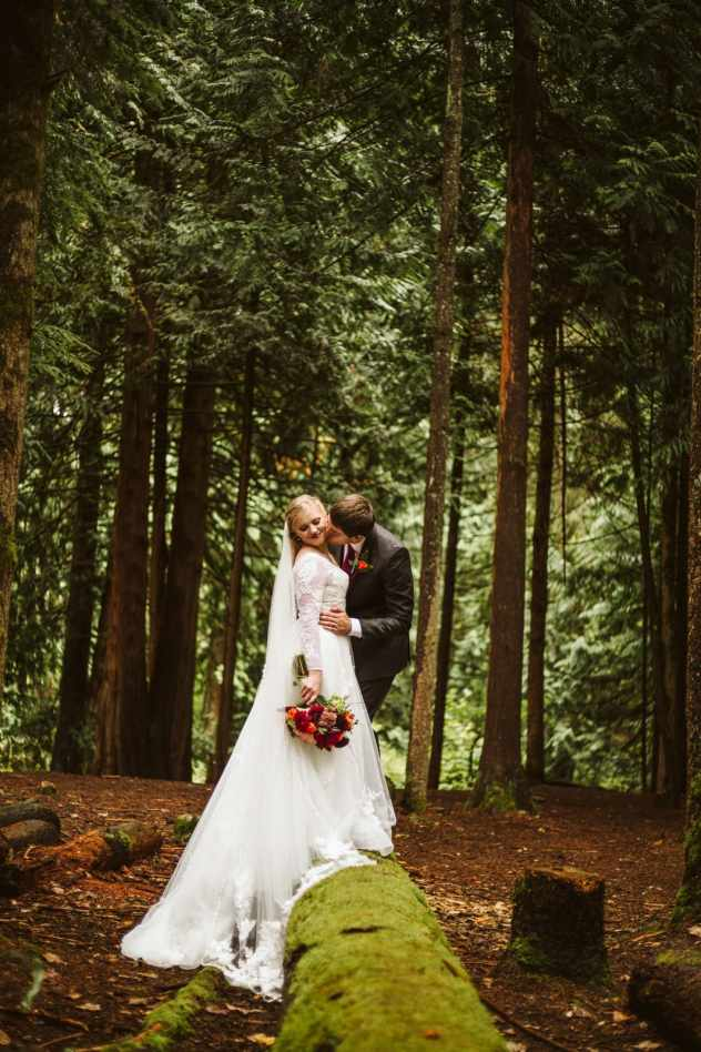 GW1 1044 Seattle and Snohomish Wedding and Engagement Photography by GSquared Weddings Photography