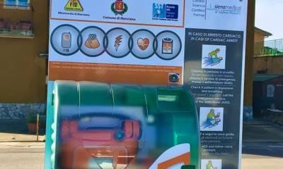 Defibrillatore-esterno-e-posizionato
