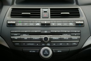 Bluetooth and iPhoneiPodAUX Kits for Honda Accord 2008