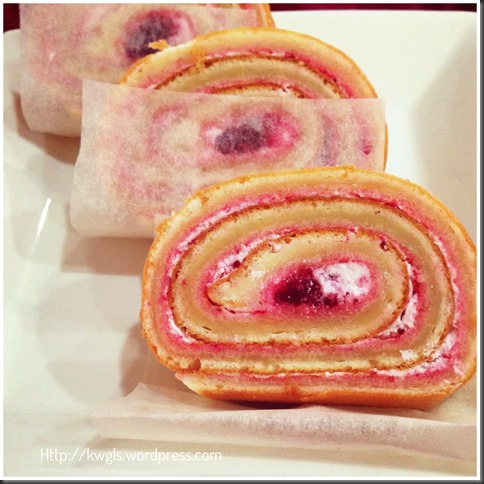 Thin Is Also Beautiful And Tasty, Is It Not? Thin Version of Vanilla Swiss Rolls