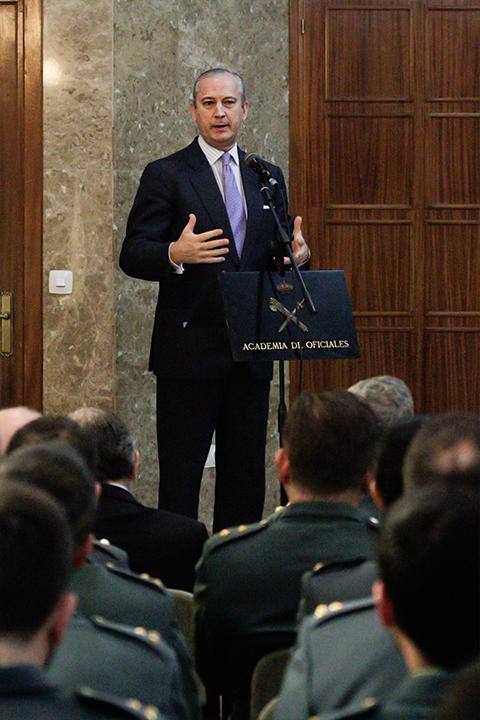 El Director General inaugura el Curso de Capacitación para el ascenso a Comandante de la Escala Superior