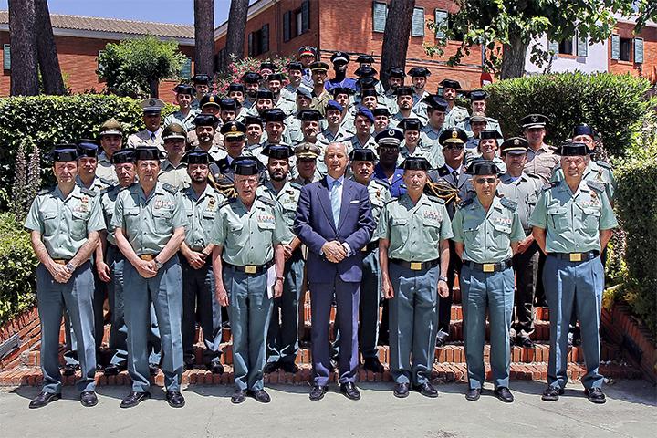 El Director General clausura el LXXI Curso de Capacitación para el ascenso a Comandante
