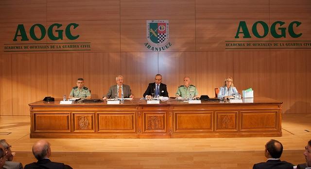 """Arsenio Fernández de Mesa inaugura el XXVII Seminario Duque de Ahumada """"Seguridad portuaria y aeroportuaria"""