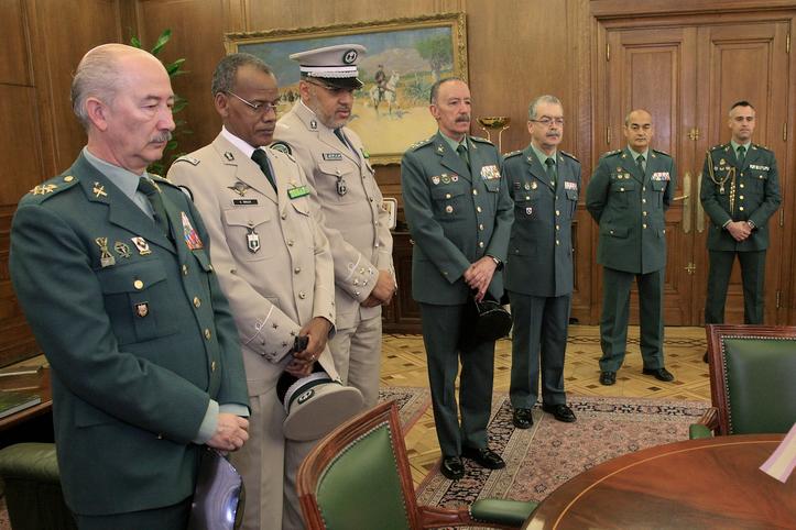 El Director General y el Jefe de la Gendarmería de Mauritania firman un Memorando de cooperación en materia de inmigración irregular