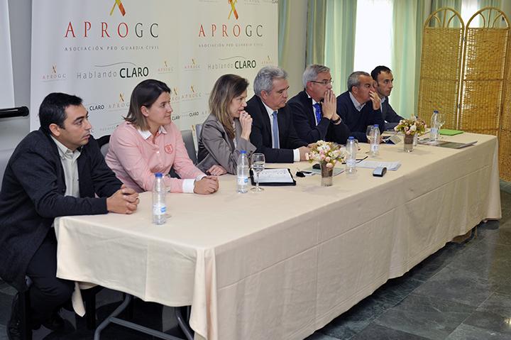 Miembros de la Junta Directiva de APROGC durante su asamblea