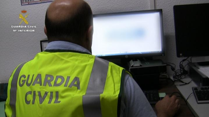 """La Guardia Civil detiene a una persona por corrupción de menores y ciberacoso mediante el método """"grooming"""""""