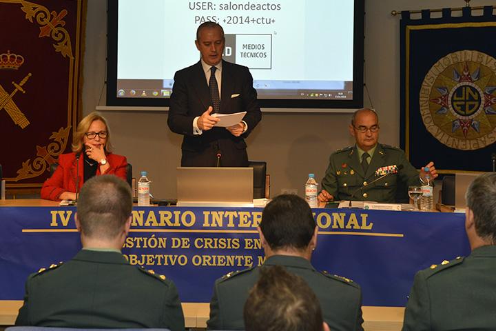 """El Director General de la Guardia Civil inaugura el IV Seminario Internacional """"Gestión de crisis de la UE: Objetivo Oriente Medio"""""""