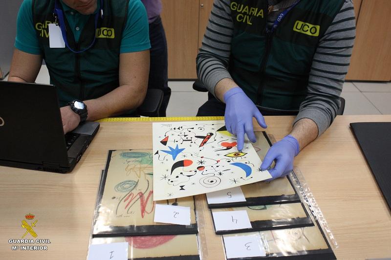 La Guardia Civil desmantela una red de estafadores que intentaban comercializar dibujos falsificados de Miró, Picasso y Matisse