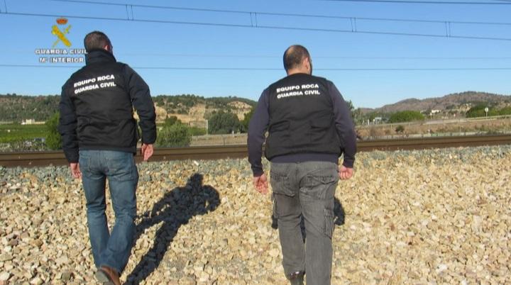 La Guardia Civil desmantela un grupo organizado dedicado al robo de cobre de instalaciones ferroviarias