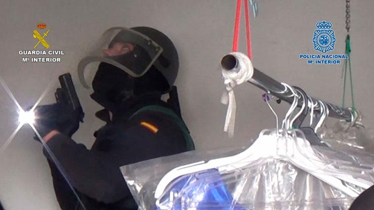La Guardia Civil y la Policía Nacional desarticulan una red dedicada al fraude fiscal y al blanqueo de capitales