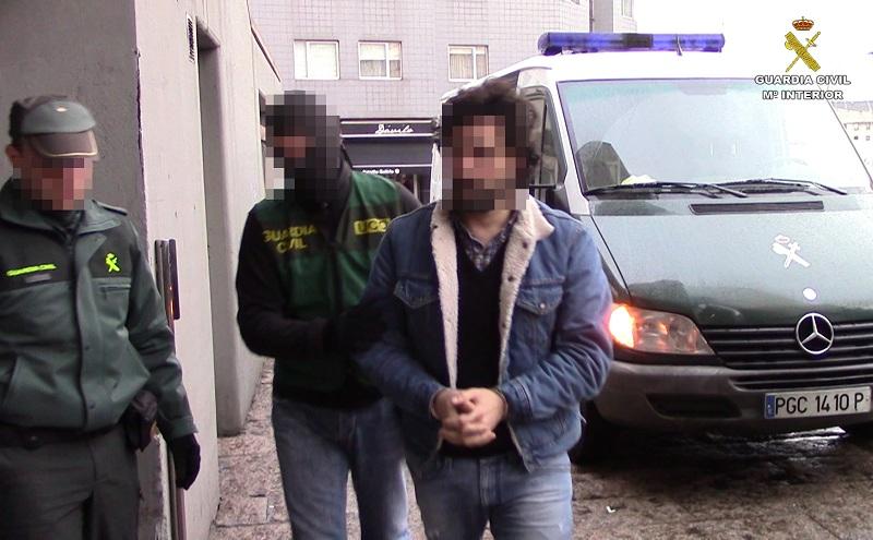 La Guardia Civil desarticula una red internacional de narcotráfico dirigida desde A Coruña