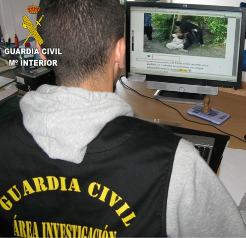La Guardia Civil detiene a una persona por un presunto delito contra las instituciones del estado a través de las redes sociales