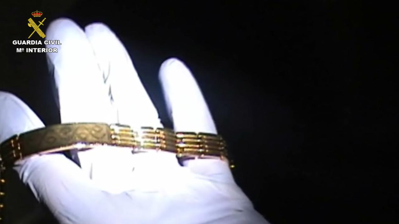 """La Guardia Civil desarticula un grupo criminal especializado en el robo de joyas mediante el método del """"abrazo"""""""