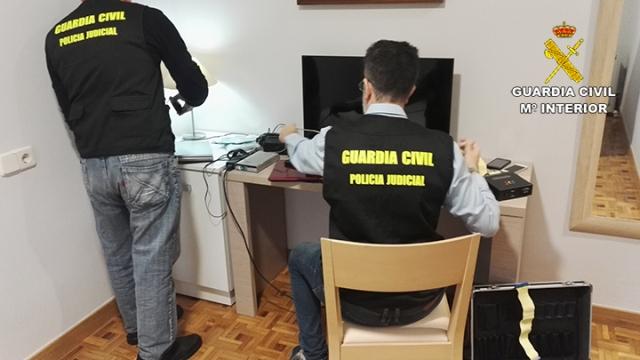 La Guardia Civil detiene a cuatro personas por delitos de pornografía infantil, agresión sexual y abuso sexual a menores de edad
