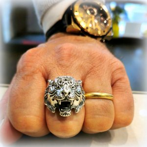 Anello tigre in argento 925