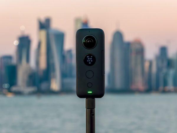 360 câmera voltada para a cidade