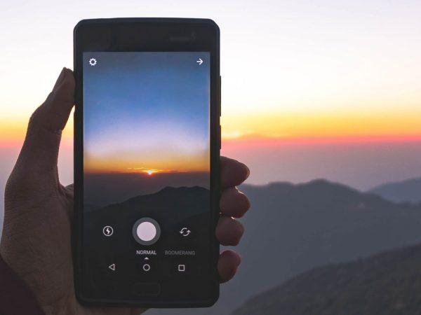 tirando foto do nascer do sol