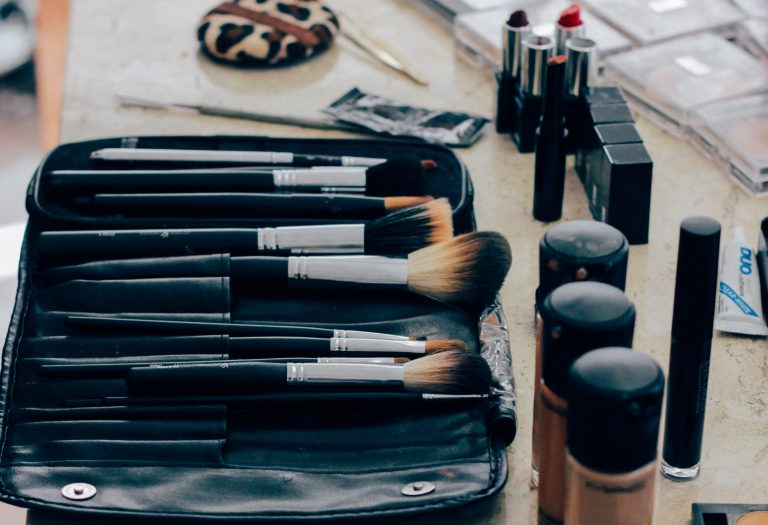 brushes and makeup powder
