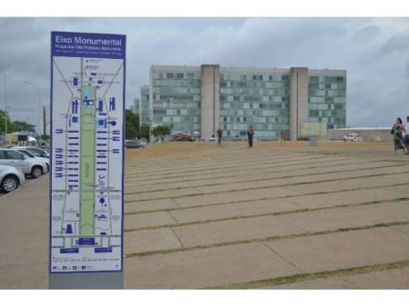 Turismo amplia a sinalização turística em Brasília