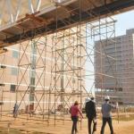 Sem mobília, água e energia, Agnelo inaugura novo Centro Administrativo
