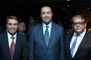 Exmos. Srs Embaixadores Norbert Konkoly,,Mouhamed Mursi e Carlos Vieira Júnior Chefe do Cerimonial CDL-DF - Foto: Michelle Bartllet