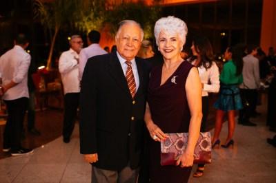 Jane Godoy ao lado de seu esposo Fotos: Bruno Stuckert e Plínio Ricardo