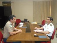 GONZALO CARRERA MAZUELOS, Capitão-de-Mar-e-Guerra e Adido Adjunto de Defesa e Naval da Embaixada da República do Peru no Brasil, e Major FÁBIO MOREIRA SILVA, Chefe da ASCOP/CBMDF