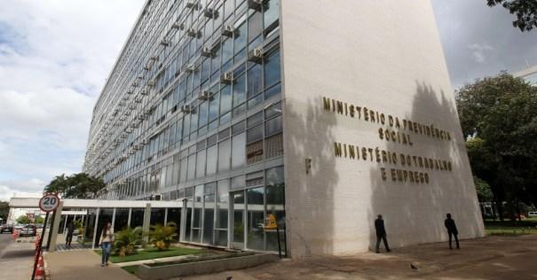 Ministério do Trabalho e Emprego (MTE) também aguarda autorização do Ministério do Planejamento para realizar concurso - Foto: Internet
