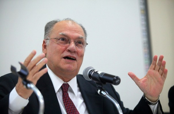 Roberto Freire defende Parlamentarismo no Brasil - Foto: Internet