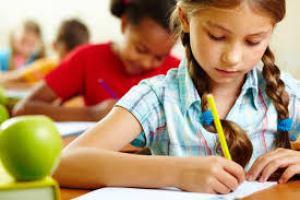 """Educação. Pátria Educadora se faz com anos, e não apenas em """"4 anos"""". Crédito (foto): Blog Chega de asma"""