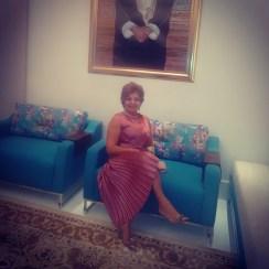 Luzia Câmara prestigiando festa de despedida do Embaixador do Sudão
