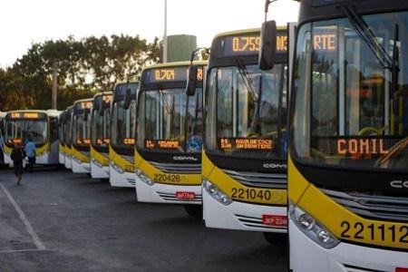 Em greve, rodoviários do DF deixam 1 milhão de passageiros sem ônibus - Foto: Internet