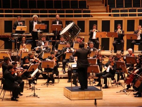 Orquestra Sinfônica de Brasília. Orquestra Sinfônica do Teatro Nacional Claudio Santoro toca Haydn e Sibelius na próxima terça-feira (2) (Foto: Alan Moreira/ Agência Brasília)