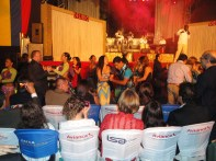 Grupo Delírio apresentando-se no Aniversário do Dia da Independência da Colômbia