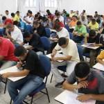 Concursos públicos oferecem 1,9 mil vagas com salários de até R$ 17,3 mil
