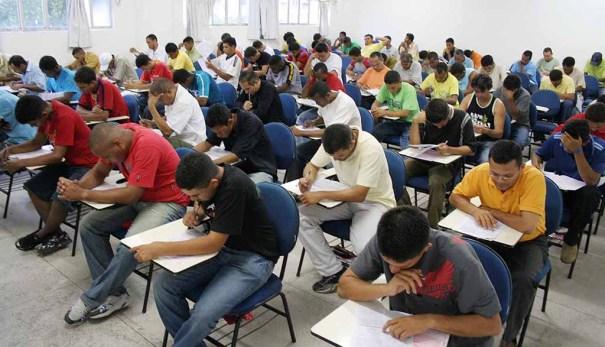 Concursos públicos oferecem 1,9 mil vagas com salários de até R$ 17,3 mil - Foto: Ceará Agora