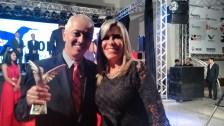 Túlio e Esposa, ganhador do prêmio Colibri DF