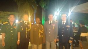 Diplomatas adidos Militares