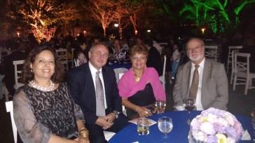 Embaixador da Eslováquia, Milan Cigan. Luzia Câmara, jornalista do Portal Guia BSB.net, e o Senador Eduardo Azeredo (PSDB/MG)