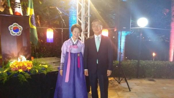 Sr. Embaixador, LeeJeong-Gwan, e a Sra Embaixatriz da Coréia do Sul